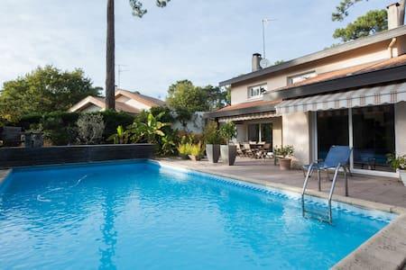 En face du golf, piscine... - Pyla - Haus