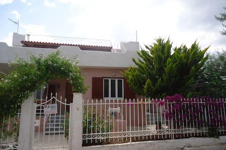 Villa DoDi - Kineta - Villa