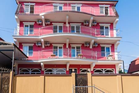 Гостевой Дом Dev-Life у побережья черного моря - Haus