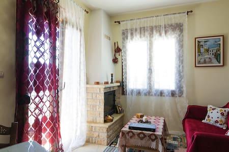 Διαμέρισμα με θέα στο Καρπενήσι !!! - Appartamento
