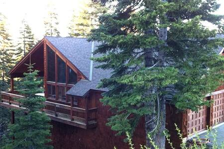 Tahoe Donner 4200 Sqf,Wii*Hot Tub - Talo