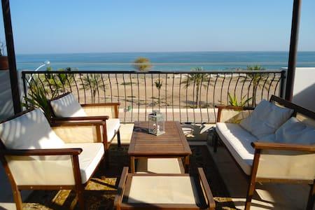 Room in Beach Villa - Muscat - Casa de camp
