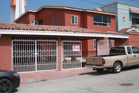 Casa Colinas - House