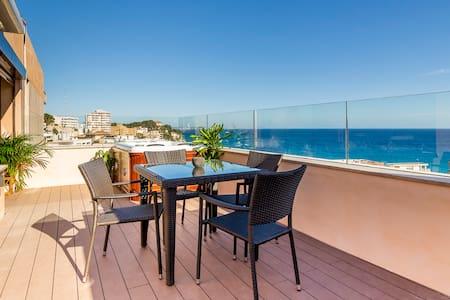 Fantástico ático con jacuzzi y vistas al mar ! - Palma - Wohnung