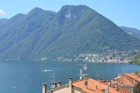 Lake Como apartment with private garage - Wohnung