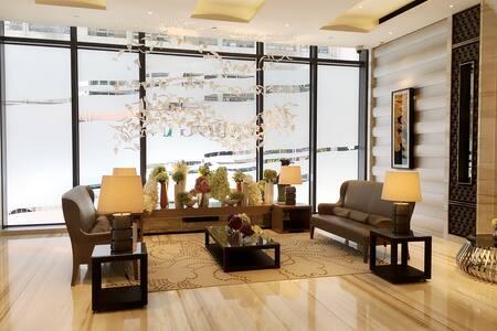 Seaview 1br Apt 3 mins to MTR - Hong Kong  - Apartment