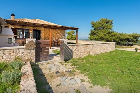 Thyme House- Agroculture in Salakos - Haus