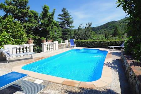 Villa Sina con piscina privata a Lucca - Hus