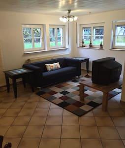 komfortable Wohnung - Salmtal - Apartmen