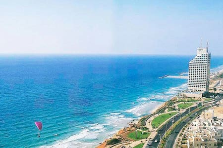 Beautiful Apartment with Sea View - Netanya - Lejlighed