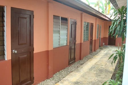Hostel Ideal for Backpackers Cebu - Dormitorio