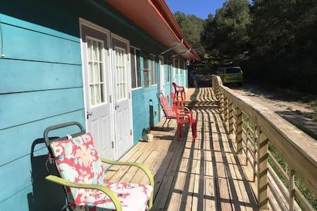 Cloudcroft Hostel - Private Room 1 - High Rolls
