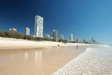 Broadbeach Room with a View - Wohnung