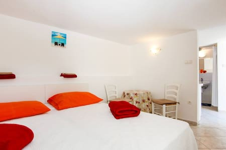App Daenerys 100 m from the beach - Crikvenica - Apartamento