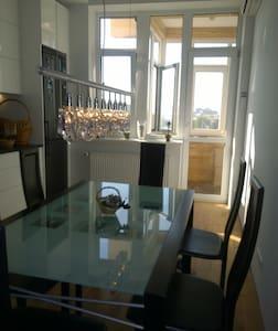 Luxury apartment in Kyiv. - Kiova