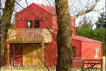 Barn Stay B&B Accommodation & Tour. - Dunsandel