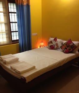 HotWater Room -Raga Saagaram Rooms - Varkala - Huis