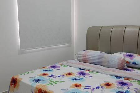 Ameera Residence @ Mutiara Heights Medium Room - Társasház