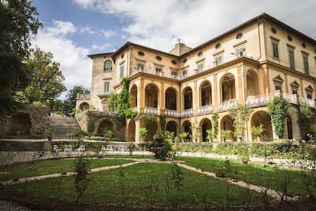Villa di Striano-Residenza d'Epoca - Borgo San Lorenzo