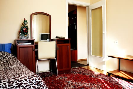 Cheap apartment in center Almaty