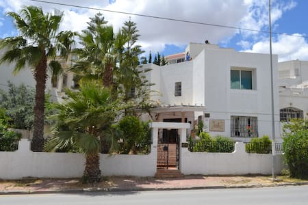 Charming House in Safe Area near Tunis - House