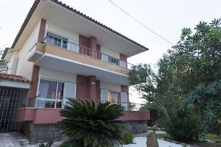 Villa w/ hotel standards in Estoril - Estoril - Villa
