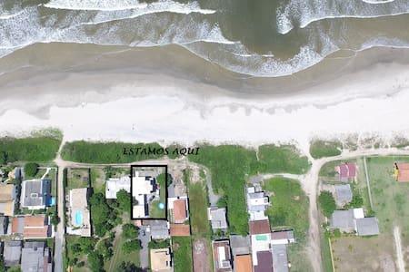 1 QUARTO DE 4 QTS, 1 PISO, Barra do Saí, Guaratuba - Guaratuba - Casa