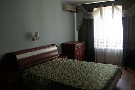 2-х-комнатная квартира на сутки - Volgograd - Flat