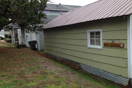 Escape to Shell Cottage - Warrenton - Cabin