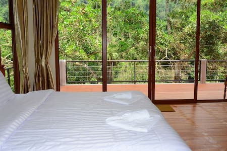 Smallville@Ranong - Bed & Breakfast