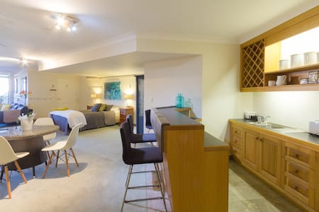 Perfectly located beach pad in Manly - Manly - Wohnung