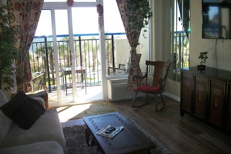 """Honeymoon Suite "" $39(M-Th) thru April - Myrtle Beach - 公寓"
