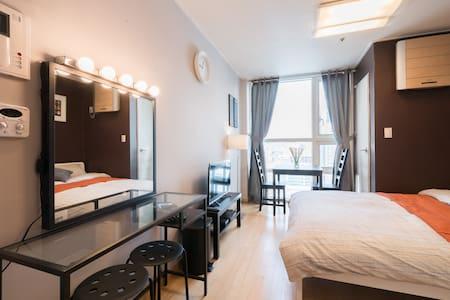 Cozy Studio, Dongdaemun #3 - Apartment