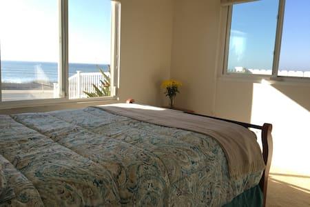 Sunset Cliffs Queen Room/Ocean View - San Diego - Szoba reggelivel