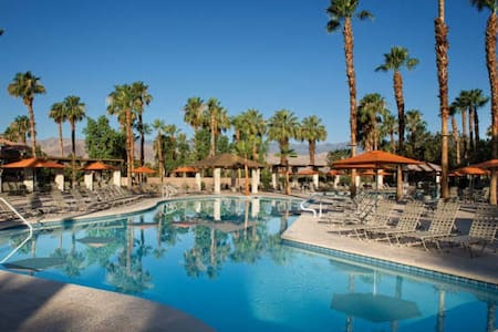 Marriott Desert Springs studio sleeps 4 - Palm Desert