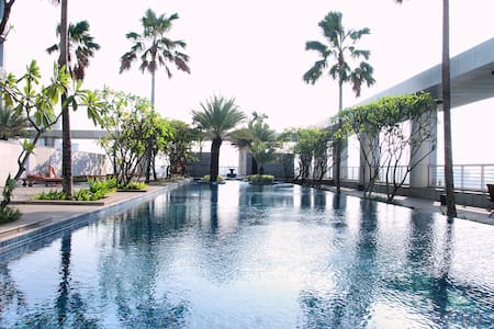 Stylish Loft Apt @ Central Jakarta - Apartment