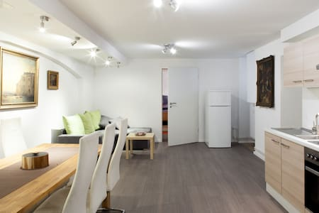 Warm apartment in city center - Berlin - Apartment