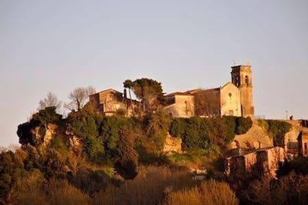 """Villa """"Le Ginestre"""" con piscina su colline toscane - Legoli - Villa"""