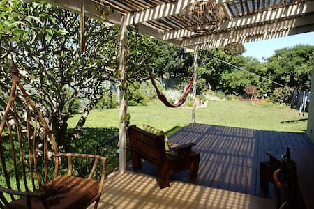 Cozy cottage, peaceful garden to enjoy! - Port Alfred - Huis