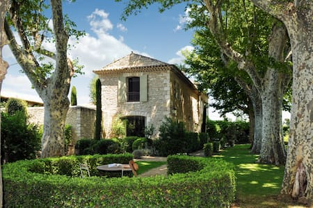 Petit Hopital: 110409 - L'Isle-sur-la-Sorgue - Villa