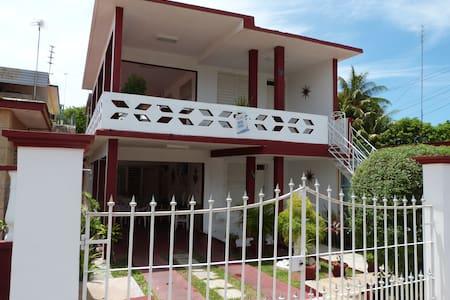 Varadero Martha´s house room 3 - Varadero - Casa