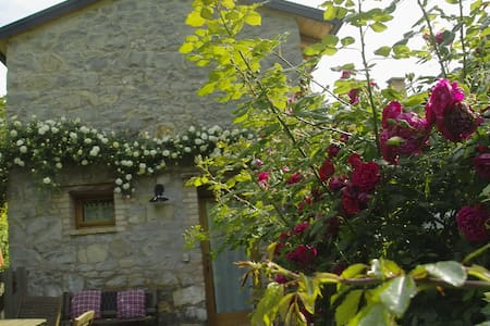 Romantic lovers' paradise near Venice and Dolomiti - Tarzo - House