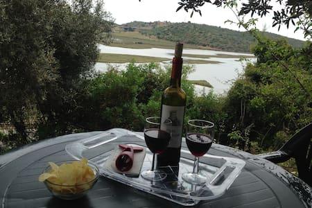 Stunning views from Casa Mallac, 10min to Portimao - Portimão