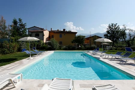 house with pool in the heart of Tuscany - Apartamento