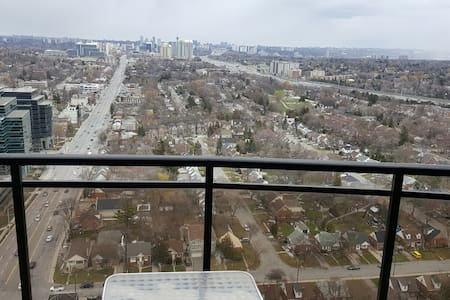 penthouse one bedroon apartment. - Toronto - Wohnung