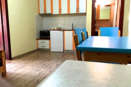 Class and Comfort in the outskirts of Thessaloniki - Apartemen