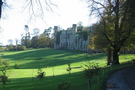 The Servant's Annex, Castle Bernard