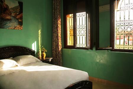 RIAD CHEBURGENA TAMRAGHT / ROOM WITH BREAKFAST - Agadir - Bed & Breakfast