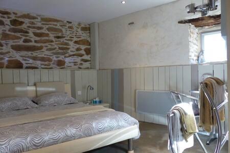 Hameau de Taur - Bed & Breakfast
