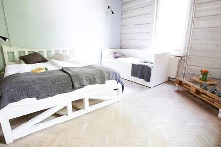 Willa Lolobrygida pokój dla 4 osób - Szklarska Poręba - Villa
